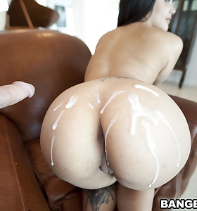 Violet Vasquez for an big..